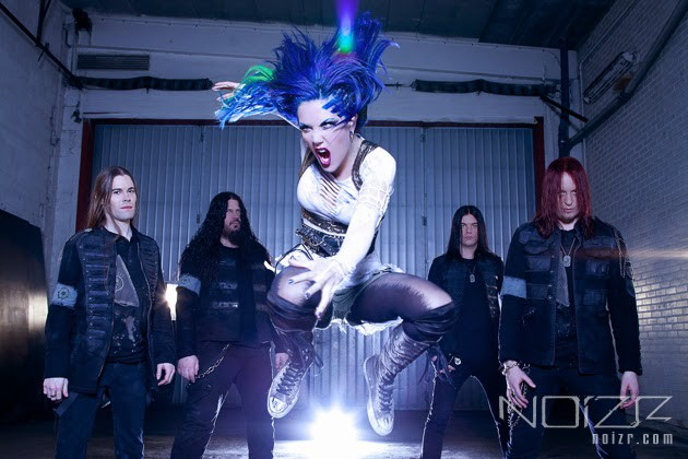 Arch Enemy's vocalist Alissa White-Gluz continues tour with broken ribs