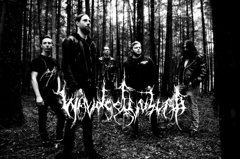 "German band Waldgeflüster streams new track ""Weltenwanderer"""