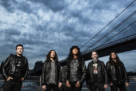 "Anthrax выпустили кавер на песню Kansas ""Carry On My Wayward Son"""