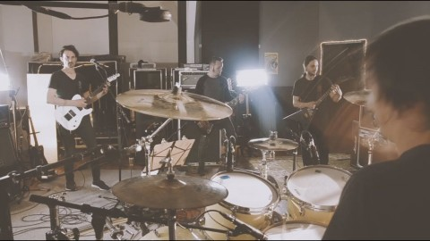 "Gojira unveils studio live ""Global Warming"""