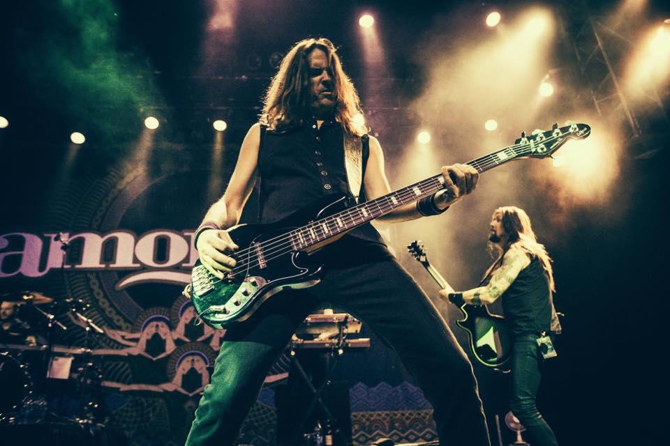 "Niclas Etelävuori — Amorphis' bassist leaves band over ""mismanagement"""