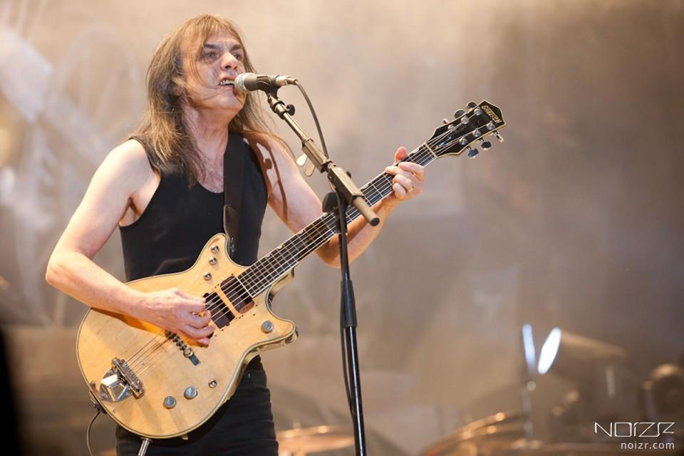 Малькольм Янг (с) metalsucks.net — Помер один із засновників AC/DC Малькольм Янг