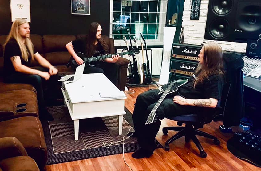 Hypocrisy during the writing process — Hypocrisy: European tour with Kataklysm and recording of a new album