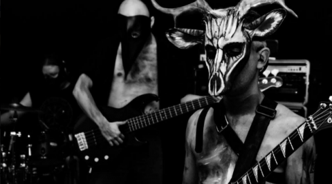 "Video premiere: Void ""The Horrid Lover The Scumscrubber"""