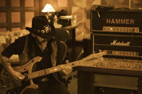"No talks about age. Review for Motörhead's ""Bad Magic"""